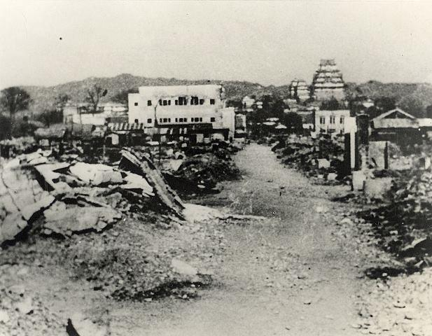 Bombetogterne i Himeji